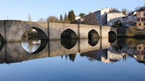 Lasso di tempo di un ponte famoso a Limoges archivi video