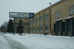 Last Day for GM Plant in Janesville, Wisconsin. This photograph was taken during a snowstorm on December 23, 2008, the last day Chevy and GMC SUVs will come off Royalty Free Stock Images