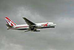 last för abxluftflygplan Arkivfoto