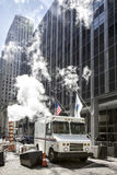 Lastbil för USPS-postleverans NYC arkivbilder