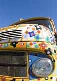 Lastbil gammal färgrik lorry. Retro stilar. arkivbild