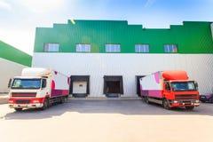 Lastbil päfyllning, lagring royaltyfria bilder