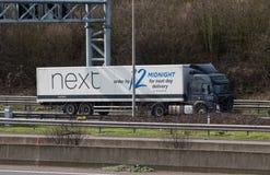 Lastbil på motorwayen royaltyfri bild