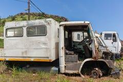 Lastbilar skrotade medel Fotografering för Bildbyråer