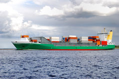 lastfartyg royaltyfri bild