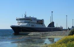 Lastfartyg i port Royaltyfria Foton