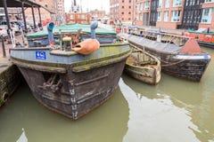 Lastkahn-herein Gloucester-Docks lizenzfreie stockfotos