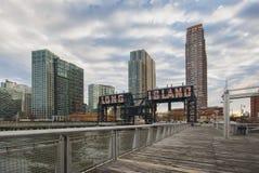 LastningsbryggaPlazadelstatspark, Long Island stad, New York, Förenta staterna Royaltyfri Fotografi