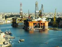 Lastport i den storslagna hamnen, Valletta, Malta Arkivbild