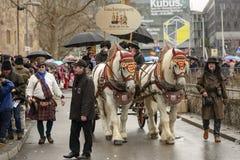 Lastwagen mit großen Pferden an der Karnevalsparade, Stuttgart Lizenzfreie Stockbilder