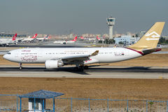 5A-LAT lignes aériennes libyennes, Airbus A330-202 Photographie stock libre de droits