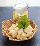 Lat ostpierogi f?r frukost Vareniks royaltyfria foton