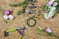 Lat plano con las flores Fotografía de archivo libre de regalías