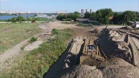 Latać nad placem budowy Gruntowy przygotowanie Ciągnikowa ciągnienie ziemia zbiory