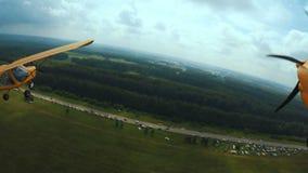 Latać w lekkim samolocie Kamera dołącza skrzydło samolot zbiory wideo