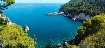 Lata Cala plażowi di Porto Greco, Gargano, Puglia, Włochy Obrazy Royalty Free
