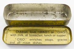 Lata del vintage para los cubos OXOS del bouillion Imagen de archivo