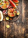 Lata jedzenie sałatka tropikalne owoc Zdjęcia Royalty Free