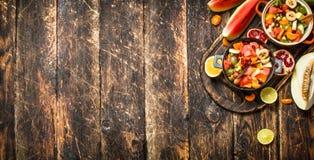 Lata jedzenie sałatka tropikalne owoc Zdjęcie Royalty Free