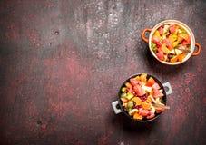 Lata jedzenie Tropikalna sałatka egzotyczne owoc Fotografia Stock
