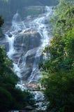 Lata Kinjang瀑布 免版税图库摄影