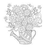 Lata molhando com flores Imagens de Stock