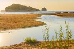 Lata morze Gargano wybrzeże: zatoka Vieste - (Apulia) WŁOCHY Zdjęcia Stock