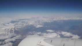 Latać nad górami w Spain bez audio i chmurami zbiory