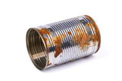 Lata oxidada aislada en el fondo blanco imágenes de archivo libres de regalías