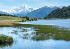 Lata Reschensee wysokogórski widok (Włochy). Obrazy Royalty Free