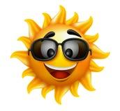 Lata słońca twarz z okularami przeciwsłonecznymi i Szczęśliwym uśmiechem Obrazy Stock