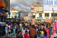 Latacunga van de binnenstad is overvol tijdens La-Fiesta DE Royalty-vrije Stock Foto