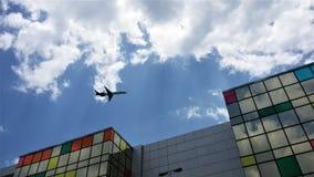 latająca nisko Fotografia Royalty Free