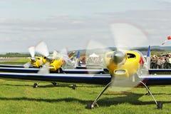 Latający byki - aerobatics w Pribram AEROSHOW zdjęcie stock
