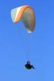 latający paraglider Obraz Royalty Free