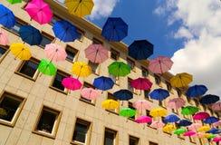 Latający parasole Zdjęcie Royalty Free