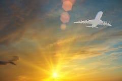 latanie samolotowego pojedynczy photoshop Obrazy Stock