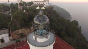 Latarni morskiej anteny strzału widok przy zmierzchem zdjęcie wideo
