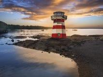 latarni morskiej czerwieni pasiasty biel Obraz Royalty Free