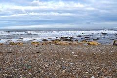 Latarni morskiej plaża na fala widzii Obraz Royalty Free