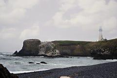 Latarnia morska na falezie Fotografia Royalty Free