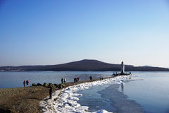 Latarnia morska na mierzei Zdjęcie Royalty Free