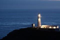 Latarnia morska przy noc b Obrazy Royalty Free