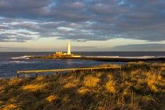 Latarnia morska przy St ` s Maryjną wyspą Zdjęcia Stock