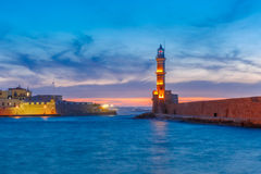 Latarnia morska przy zmierzchem, Chania, Crete, Grecja obraz stock
