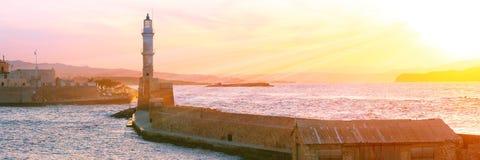 Latarnia morska przy zmierzchem, Chania, Crete, Grecja Fotografia Stock