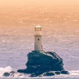 Latarnia morska Tourlitis przy Andros wyspą w Grecja obraz stock