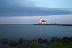 Latarnia morska w Marken przy zmierzchem obraz royalty free