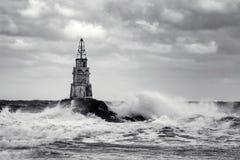 Latarnia morska w porcie Ahtopol, Czarny morze, Bułgaria, czarny i biały Zdjęcie Royalty Free