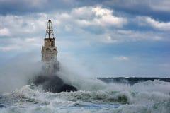 Latarnia morska w porcie Ahtopol, Czarny morze, Bułgaria Zdjęcie Stock